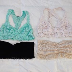 Lot of 4 aerie bralettes sizes M and L